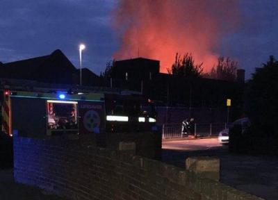 آتش سوزی در یک مدرسه ابتدایی در لندن