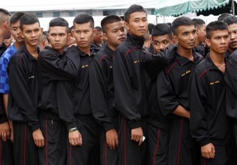 کوشش تایلندی ها برای فرار از بی ثباتی و سیزدهمین کودتا