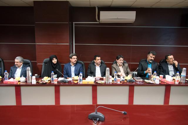 عقد تفاهم نامه بین شرکت نمایشگاه های اصفهان و پاریس