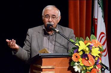 بهمنی: ممیز در نگاه مردم کسی است که فکرشان را قیچی می نماید