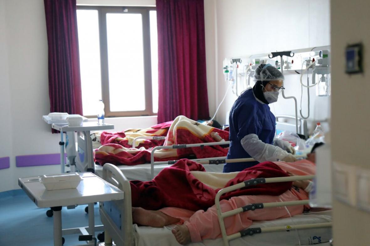 خبرنگاران 3 مرکز جامع سلامت در رضوانشهر به بیماران خدمات ارائه می دهند