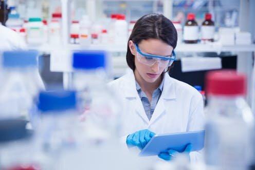 گرامیداشت روز جهانی زنان و دختران در علم در مراکز علمی