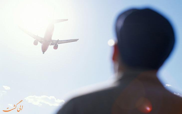 قوانین عجیبی که باعث اخراج شما از هواپیما می شود