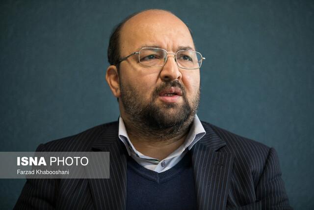 یک فعال سیاسی: برای مدیریت بحران کرونا باید اختلافات و فاصله ها کنار گذاشته گردد