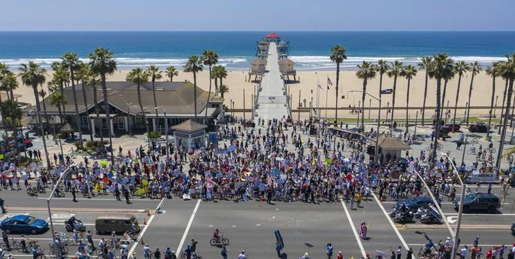 شهروندان کالیفرنیا برای لغو قرنطینه دست به تظاهرات زدند
