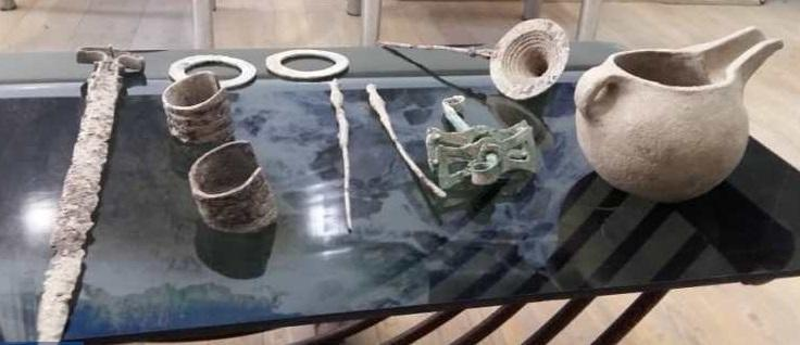 کشف و ضبط 10 قلم شیء تاریخی در چرداول