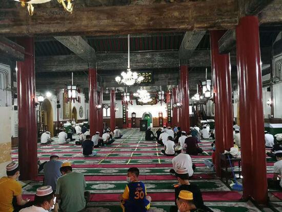 خبرنگاران مسلمانان چین زای شنگ جیه را گرامی داشتند