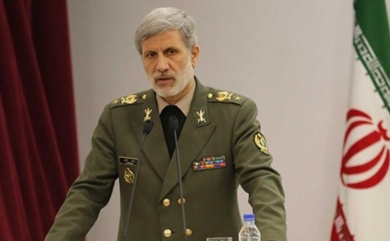 وزیر دفاع درگذشت سرهنگ خلبان بالازاده را تسلیت گفت