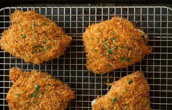 طرز تهیه مرغ پر شده با پنیر