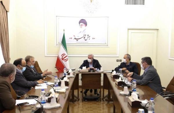 خبرنگاران طرح توجیهی برای بازگشایی خط ریلی ایران به کشورهای همسایه ارائه می شود