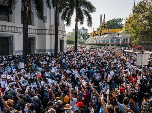 محدودیت های بیشتر ارتش میانمار و دفاع از کودتا
