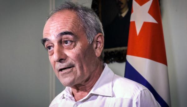 اتحادیه اروپا سفیرش را از کوبا فراخواند