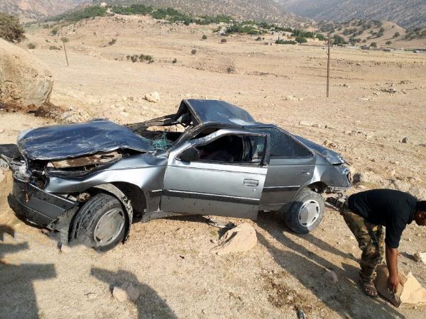 واژگونی خودرو در جاده اصفهان به نایین 6 مصدوم داشت