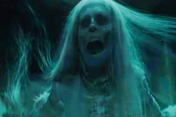 10 فیلم ترسناک برتر و جذابی که داستان آن ها در شب هالووین رخ می دهد