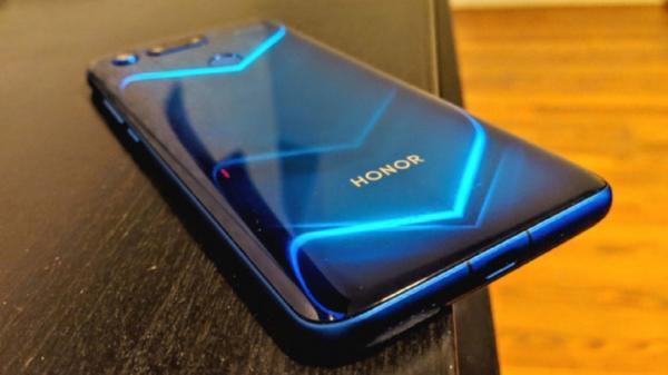 قیمت مدل های مختلف گوشی آنر در بازار